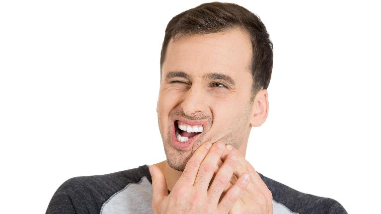 Man in pain | Southern Dental Group